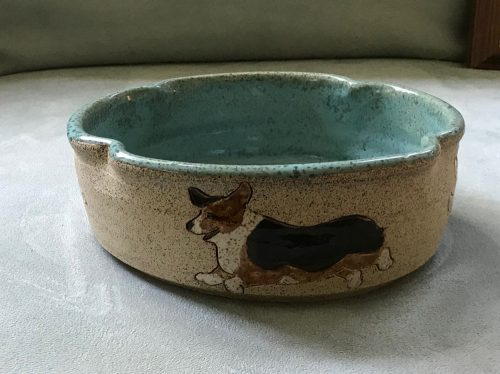 Casserole bowl backside